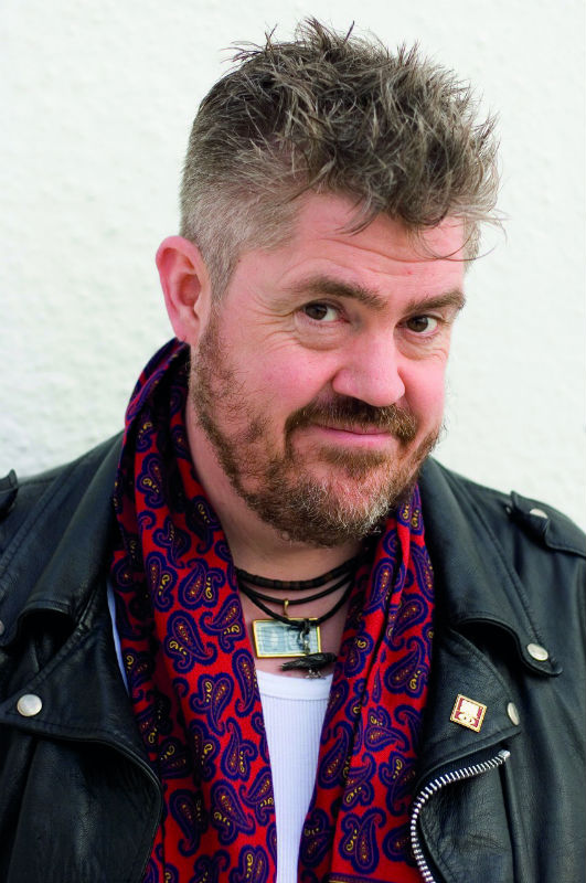 playsPhill Jupitus